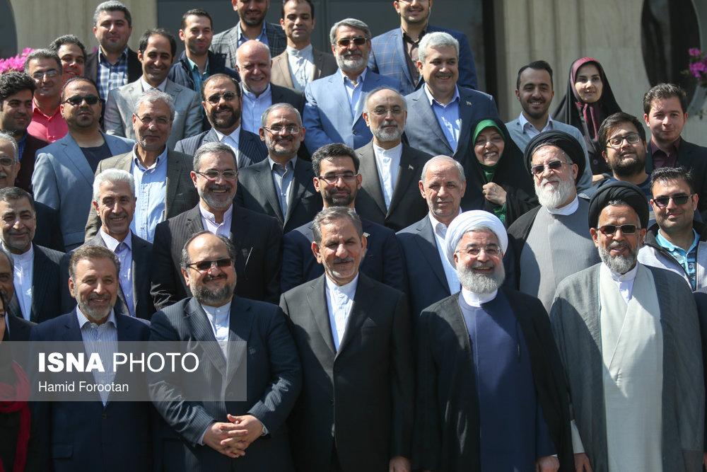 حال و هوای متفاوت حیاط دولت در آخرین جلسه سال۹۶