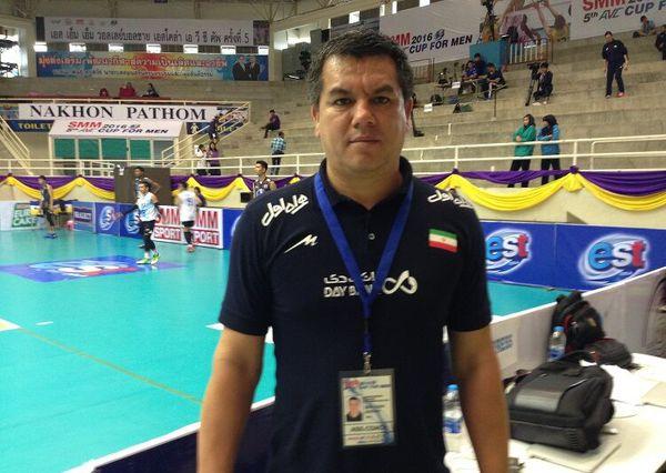 سرمربی والیبال شهرداری گنبد خواستار حمایت پیشکسوتان از این تیم شد