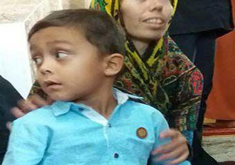 شفای کودک فلج در مراوه تپه + تصویر