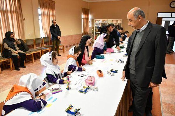 مسابقه نقاشی ۴۰ متری ویژه دانش آموزان در گرگان برگزار شد