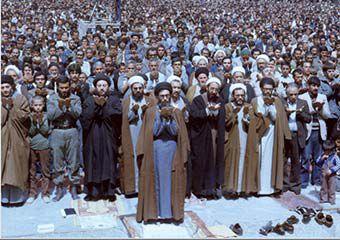 ویژگی امام جمعه و نماز جمعه جامع الشرایطی که دشمن هراس است