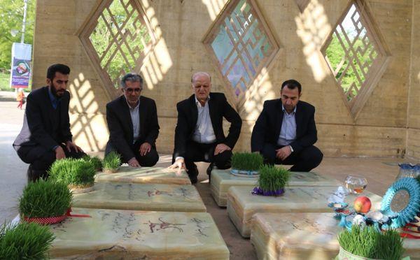 ادای احترام مدیرکل آموزش و پرورش گلستان به شهدا در اولین روز کاری + تصاویر