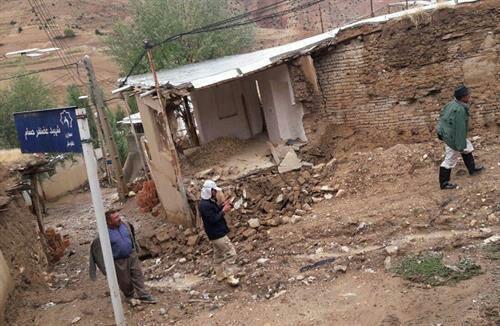 بازدید سرپرست کمیته امداد گلستان از خسارت دیدگان بارندگی اخیر