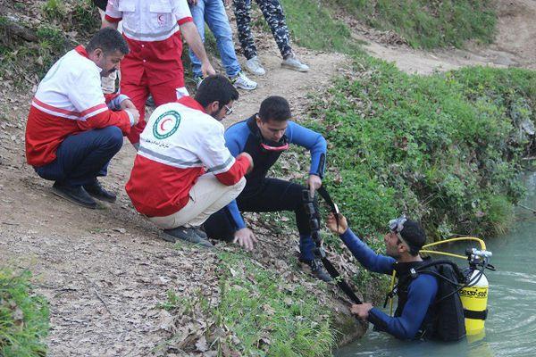 اعزام 8 غواص  هلال احمر در حادثه چشمه گل رامیان