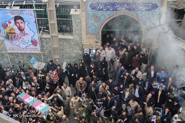 نماهنگی دیدنی از تشییع پیکر شهید نظری با نوای دلنشین محمد حسین پویانفر