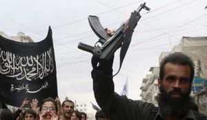 سرکردۀ روسی داعش، اسیر النصره شد+عکس
