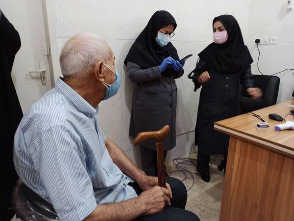 آغاز واکسیناسیون سالمندان بالای ۸۰سال در گلستان