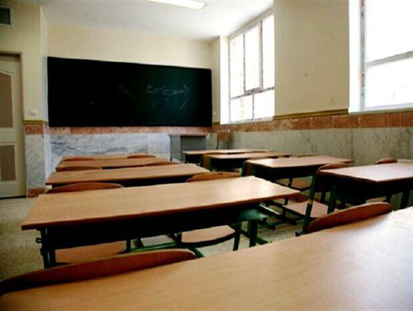 مدارس گلستان برای پیشگیری از کرونا ضدعفونی می شود