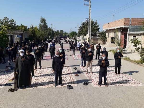 عزاداری مردم روستای بربرقلعه شهرستان کلاله در تاسوعا حسینی