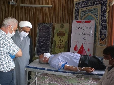 اهدای خون مومنانه کارکنان دادگستری گلستان