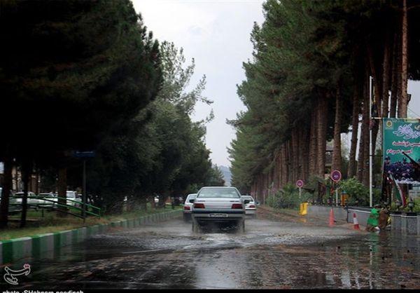 باران و برف در جادههای ۱۴ استان