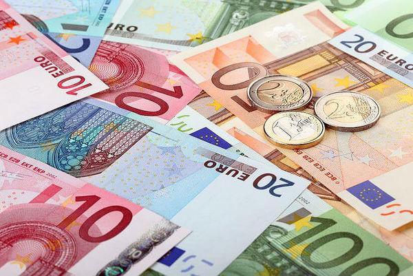 نرخ ۱۰ ارز بین بانکی کاهش یافت + جدول