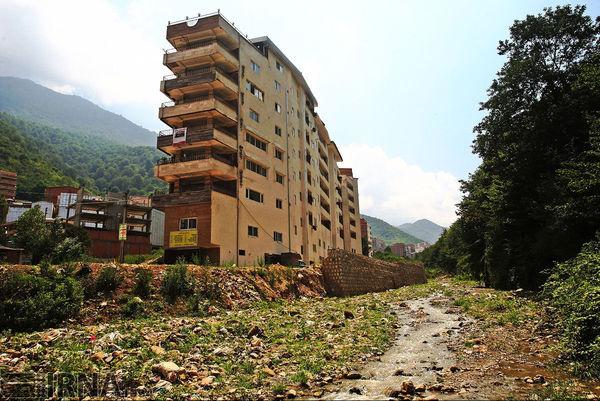 صدور حکم تخریب 50 ساخت غیرمجاز در روستای زیارت