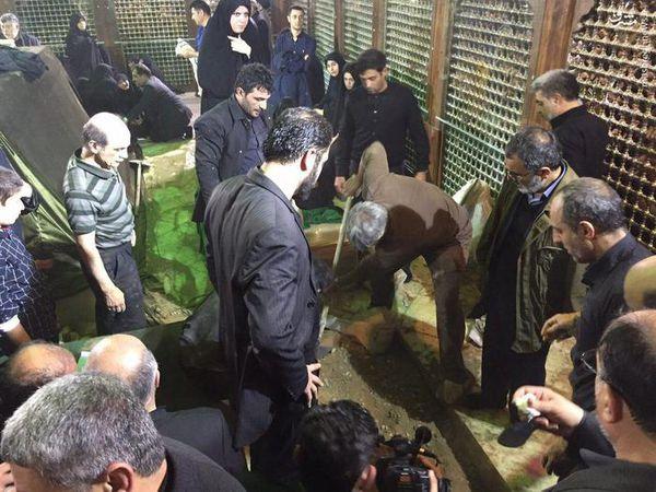 عکس/ آخرین لحظات دفن آیت الله هاشمی