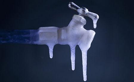 توصیههایی برای جلوگیری از یخ زدگی لولههای آب