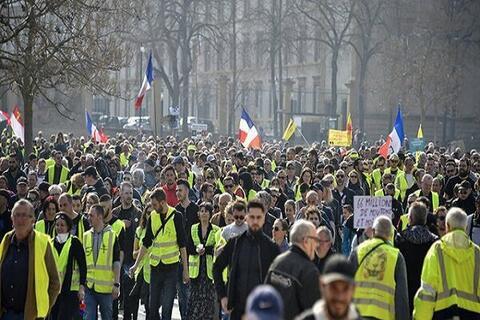 فیلم/ بازگشت جلیقه زردها به خیابانهای پاریس