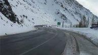 تردد در جادههای برفی و مهآلود گلستان برقرار است