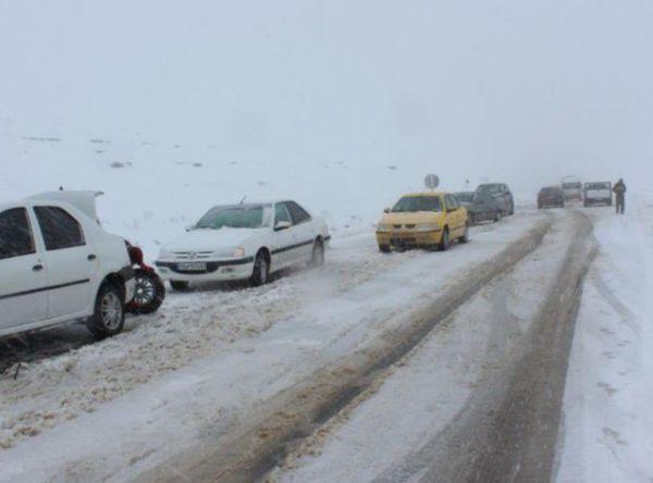 از وقوع برف و بوران شدید تا مسدود شدن راه ها /برخی مدارس کوهستانی گلستان تعطیل شد