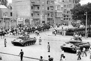امام خمینی(ره) درباره واقعه کودتای 28 مرداد چه میگفتند؟