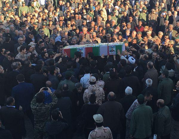 """تصاویر/ مراسم تشییع و تدفین پیکر شهید امنیت پایدار پاسدار """"سیدمهدی حسینی"""" در گرگان"""