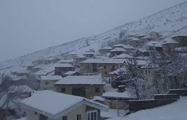 طوفان و برف به 600 واحد مسکونی روستایی خسارت وارد کرد