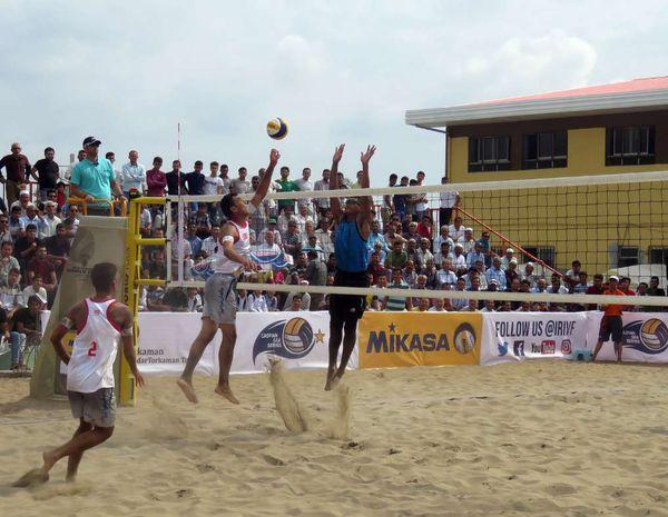 تور جهانی والیبال ساحلی هلند با برد گلستانی های آغاز شد