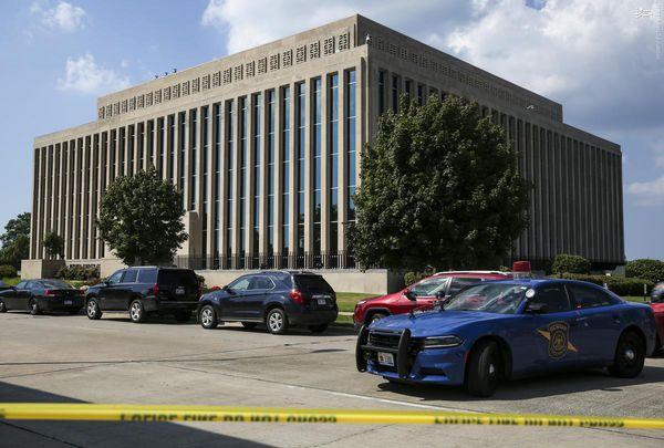 تیراندازی در دادگاه میشیگان آمریکا +تصاویر
