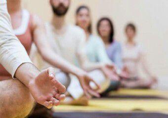 دستگیری 30 زن و مرد به بهانه آموزش یوگا در یک منزل مسکونی