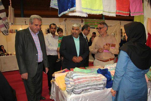 بانوان مددجوی گلستانی در نمایشگاه تولیدات مشاغل خانگی حضور فعالی داشتند