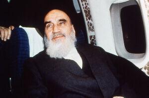 سخنان رهبر انقلاب در مورد ابراز ارادت امام خمینی (ره) به شهیدان