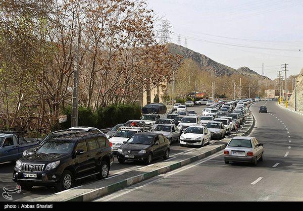 ترافیک در محورهای ورودی استان گلستان سنگین است