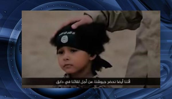 جلاد 4 سالۀ داعش انگلیسی است! + عکس