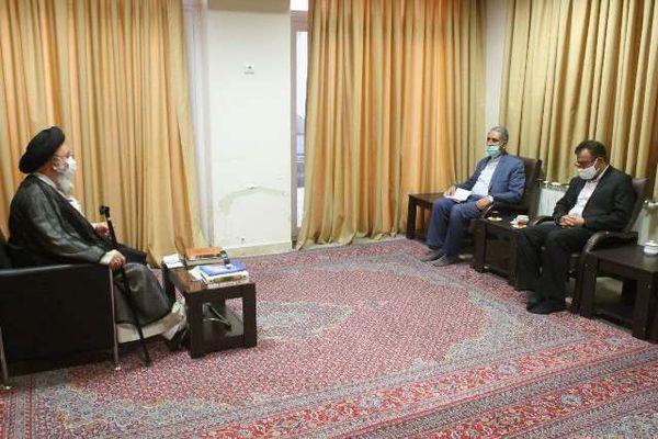 نباید مسئله اختلاف مالی ایران و ترکمنستان به دادگاه لاهه می رسید