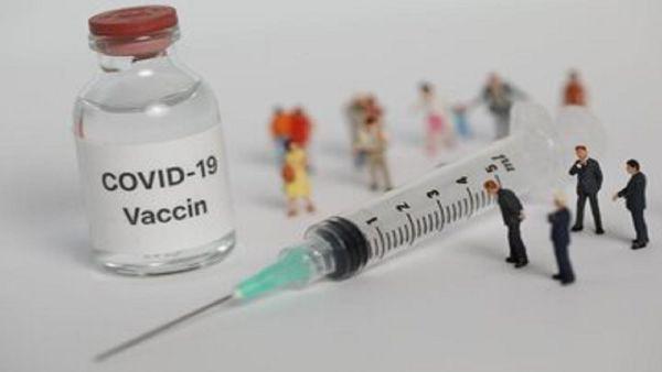 مردم به شایعات درباره خاصیت آهنربایی واکسن کرونا توجه نکنند
