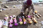 عروسک های بمبگذاری شده در مسیر زائران کربلا + عکس