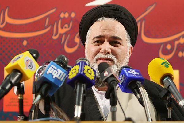 تفکر باز و صعه صدر از ثمرات تقریب مذاهب است/ انقلاب ما «اسلامی» و در مرزها محدود نیست