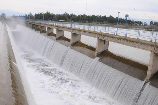 آب سد بوستان رهاسازی می شود