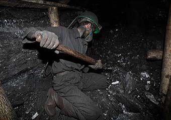 کارشناسان در چند قدمی کشف علت انفجار معدن