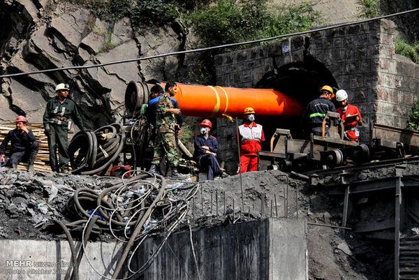 تلاش برای بازگشایی مسیر زیرین معدن آزادشهر ادامه دارد