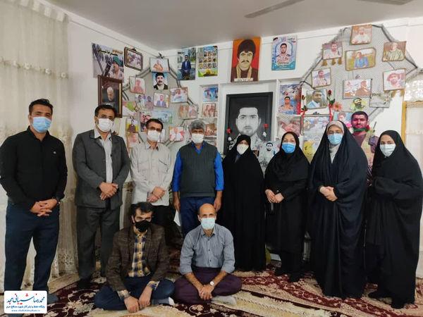 دیدار اصحاب رسانه شهرستان با خانواده شهید شیبانی+ تصاویر