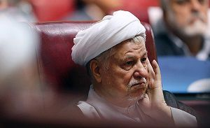 آقای هاشمی؛ فائزه «مخلص انقلاب» است یا «ضد انقلاب» ؟