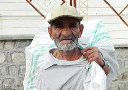 چشم انتظاری یکساله پیرمرد 70 ساله گلستانی برای برگشت یارانه خانوادهاش + عکس