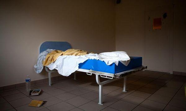 در مراکز درمانی با کمبود تجهیزات حفاظت فردی مواجه هستیم