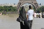 چرا فرانسه در مورد قانون منع حجاب سخت گیر است؟