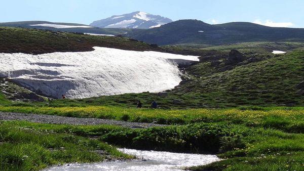 ۱۷۲ کیلومتر از ذخایر برفی گلستان آب رفت