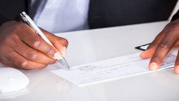 تصمیمات کمیسیون حقوقی و قضایی مجلس برای چک تضمینی