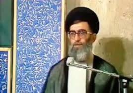 فیلم | تبریک عید غدیر توسط رهبرانقلاب به امام خمینی(ره)