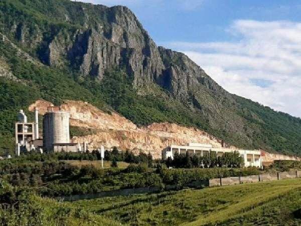 زخم توسعه بر دامنه نیلکوه / چرا کارخانه سیمان در دل طبیعت ساخته شد؟
