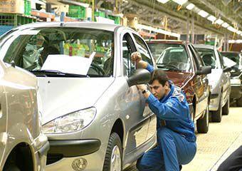 کاهش تا ۷ میلیون تومانی قیمت برخی خودروها در بازار + جدول