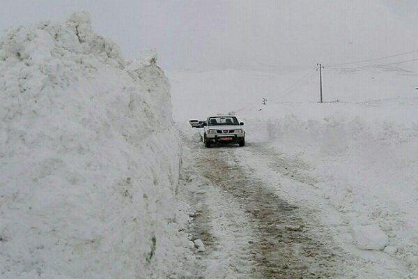 جاده های گلستان برفی و بارانی است/به مناطق کوهستانی سفر نکنید